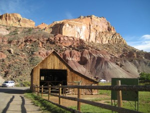 Remnant of settlers; barn in Fruita