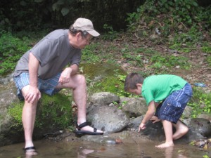 Bill and Fabian catching tadpoles