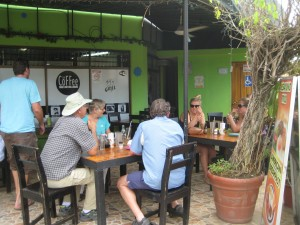 Chatting with Australian girls in Jaco Cafe