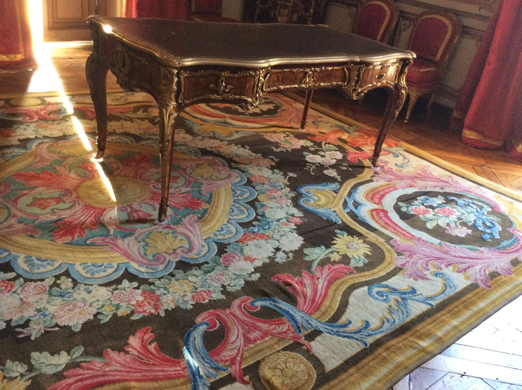 One of many opulent carpets in the king's apartments