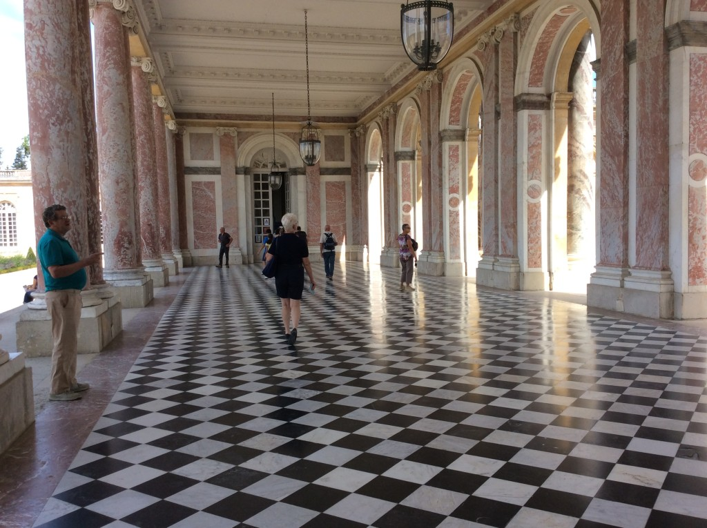 Walkway of the Grand Trianon