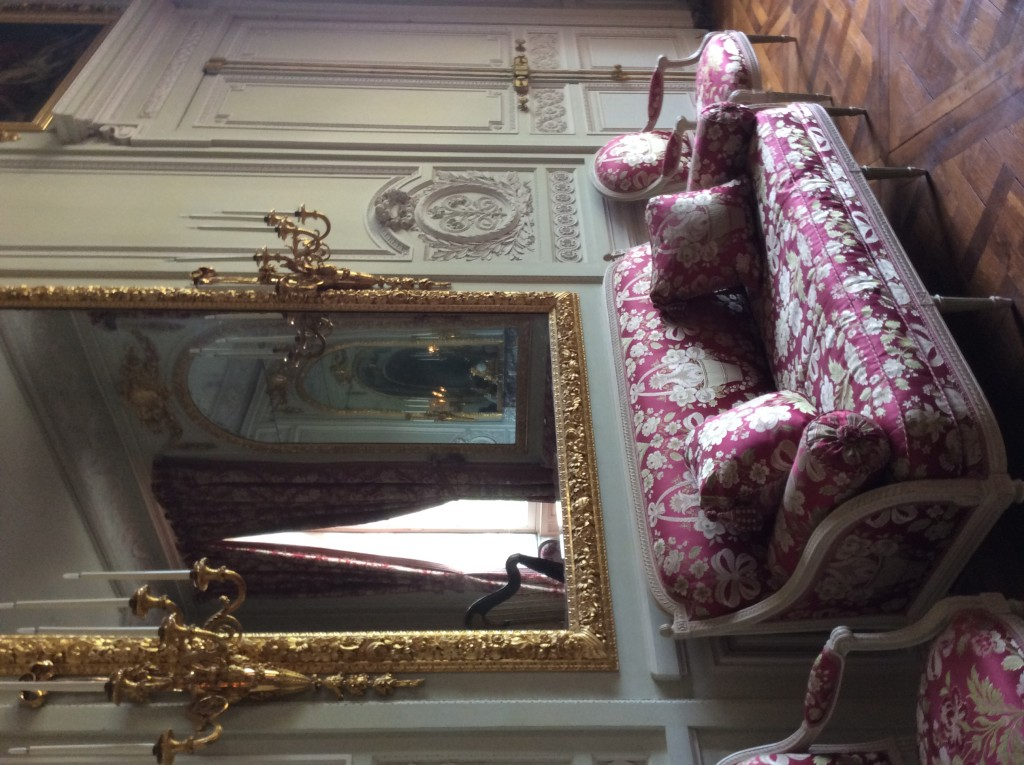 Sofa and arm chairs placed in the Petit Trianon in 1868